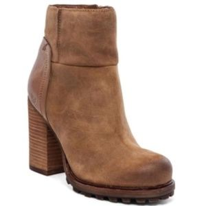 Sam Edelman Franklin Bootie suede lug sole boots